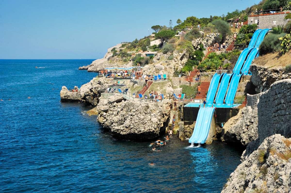 Citt Ef Bf Bd Del Mare Hotel Village Italy