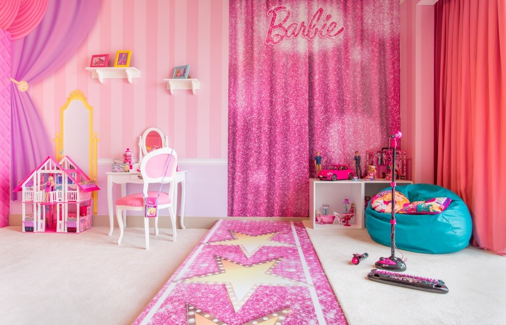 the beds are sadly made for children but there is a connecting room for the kidults keen on joining in on the fun theres a barbie menu at the hotels - Barbie Room Decoration Games
