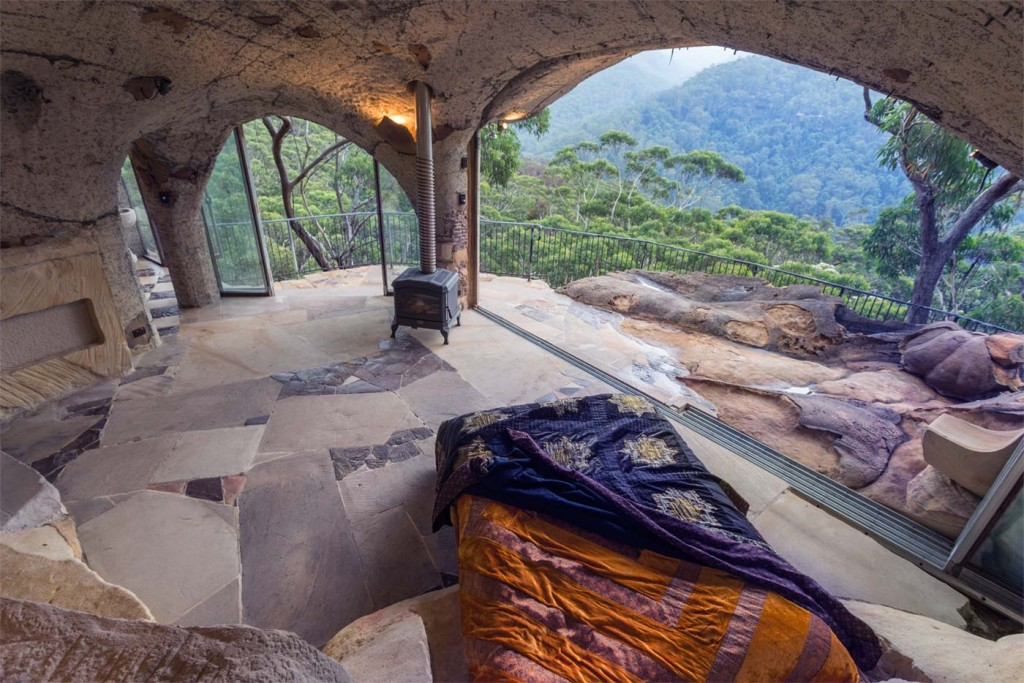 4 caves you can actually rent in australia awol for Winter cabin bedding