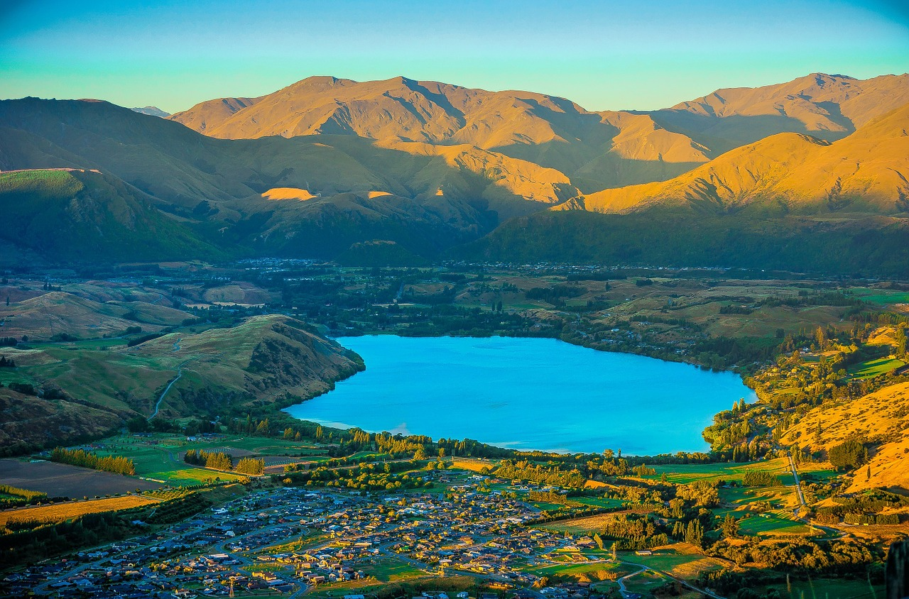 New Zealand Travel Guides Best