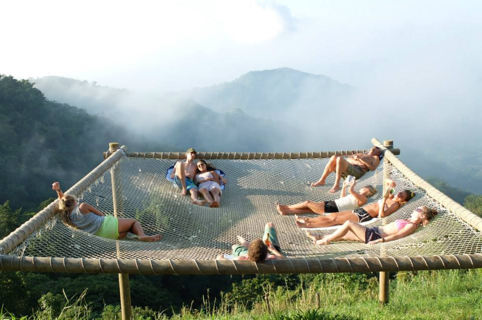 The World S Largest Hammock Is In A Colombian Hostel
