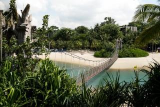 Singapore_Sentosa_SSHProducts_CitizensoftheWorld_DominicLoneraganPhotography_MeghanMcTavish_TravelPhotography_150216_0057