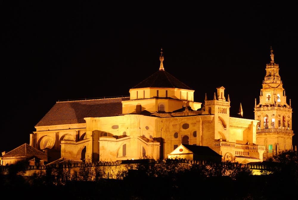 The world 39 s top 25 landmarks have been revealed - Mezquita de cordoba de noche ...