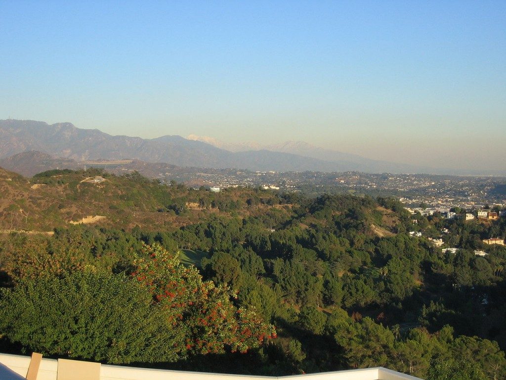 1280px-Griffith_Park_southeast_side