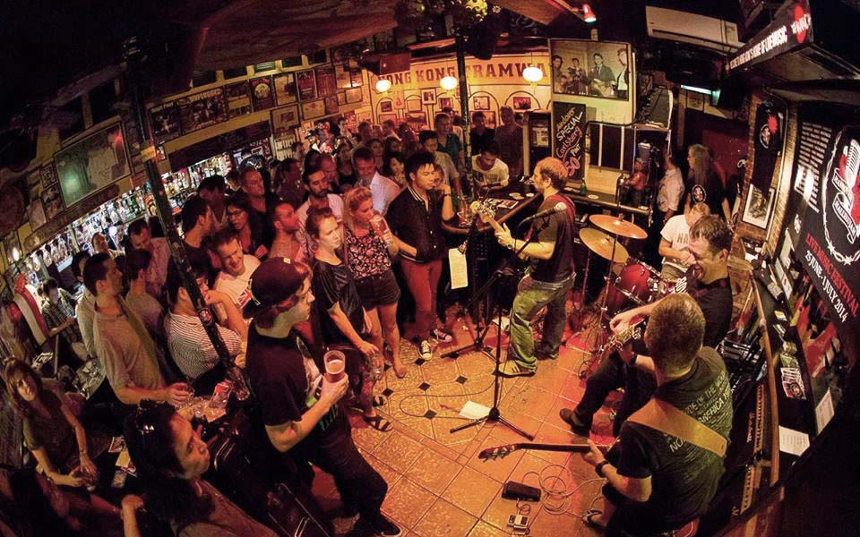 The Underground Guide To Hong Kong S Best Dive Bars
