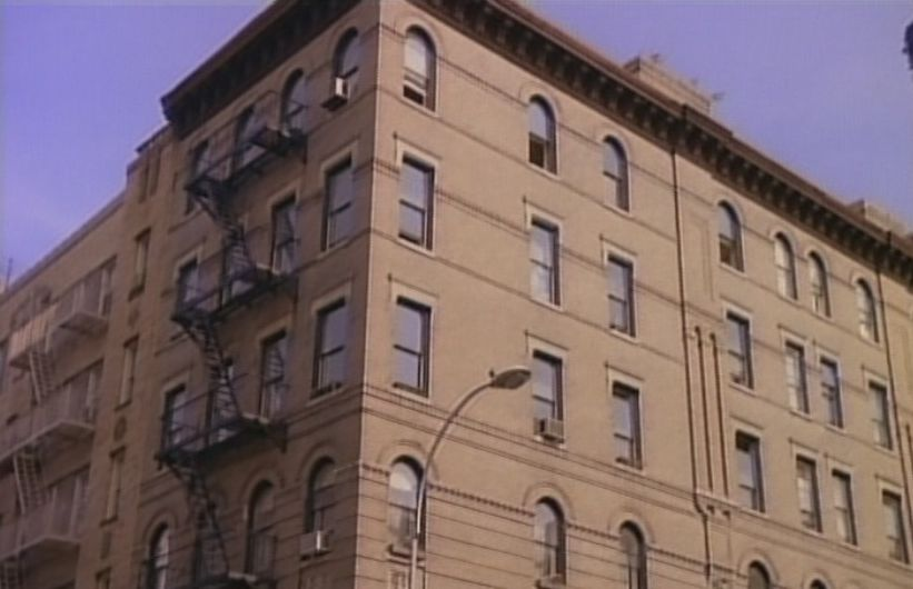 Where to find new york 39 s iconic tv show locations for Tv shows to see in new york
