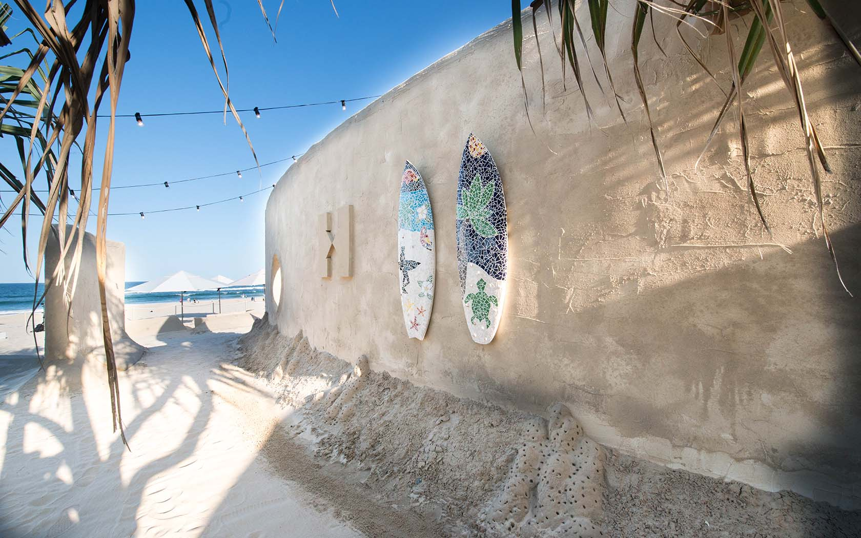 Rooms: The World's First Sand Hostel Opened On The Gold Coast Today