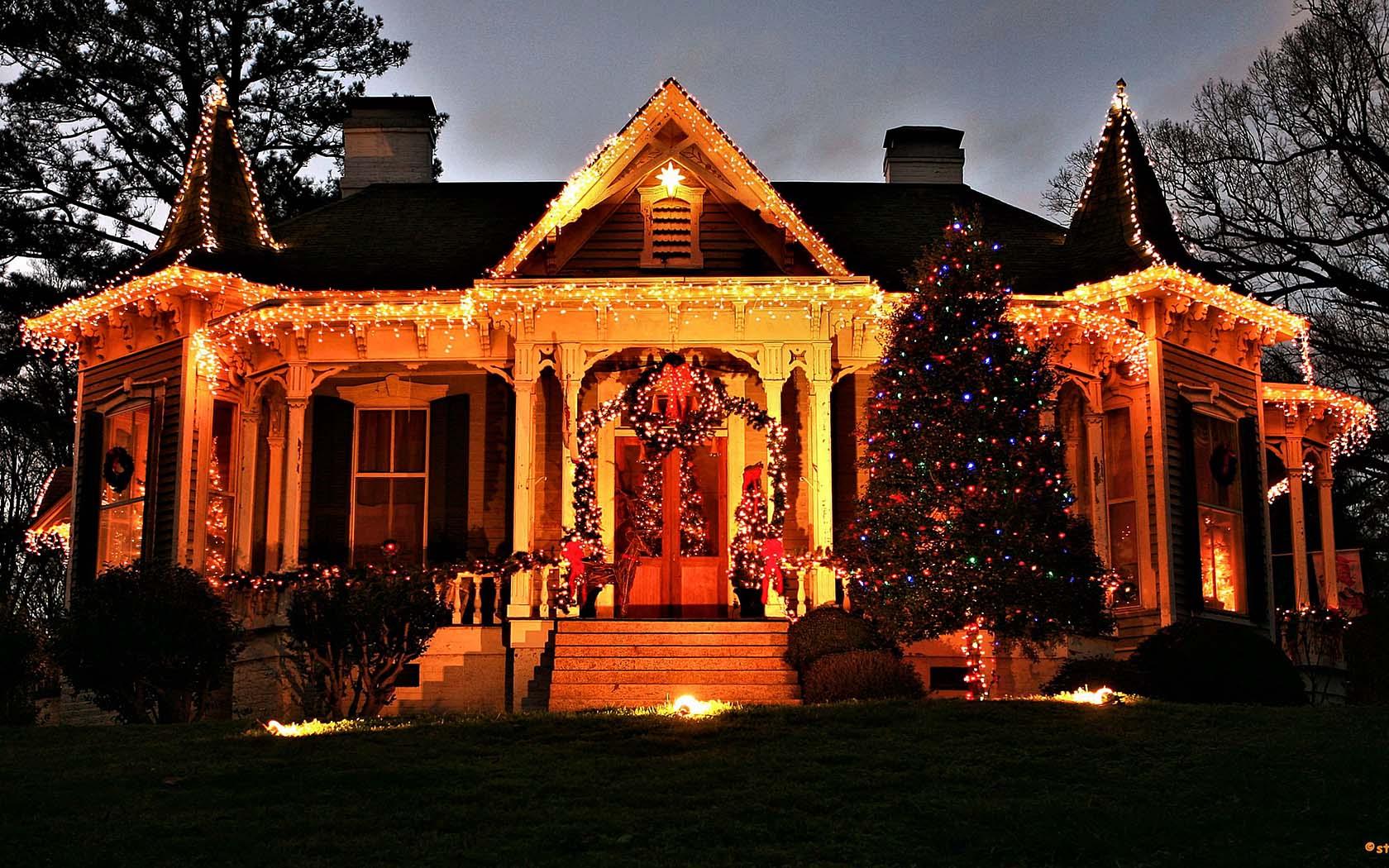 christmas town mcadenville north carolina usa