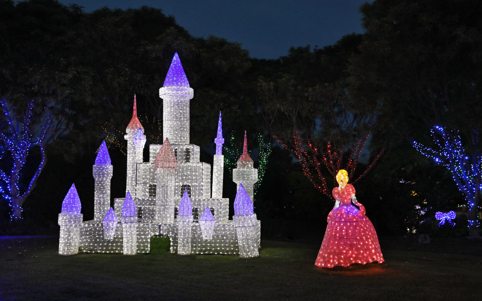 Hunter Valley Gardens Christmas Lights Spectacular Returns