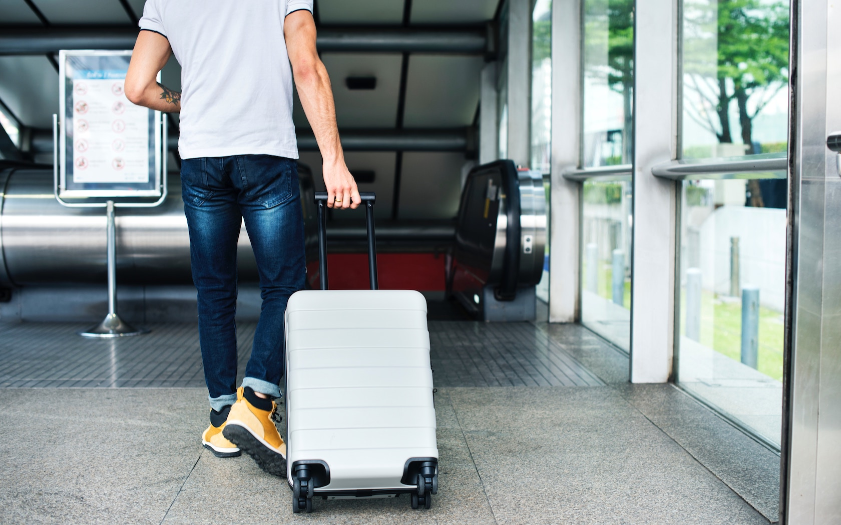 771ce97da0f0 Packing Hacks: 20 Ways To Hack Your Luggage Like A Pro