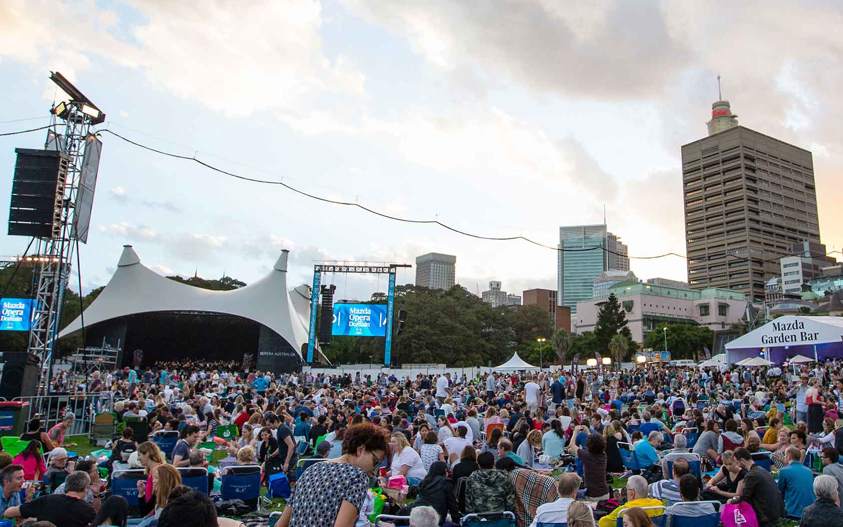Christmas Events At The Domain 2020 Crack Open The Rosé, Opera In The Domain Is Back For Another Year