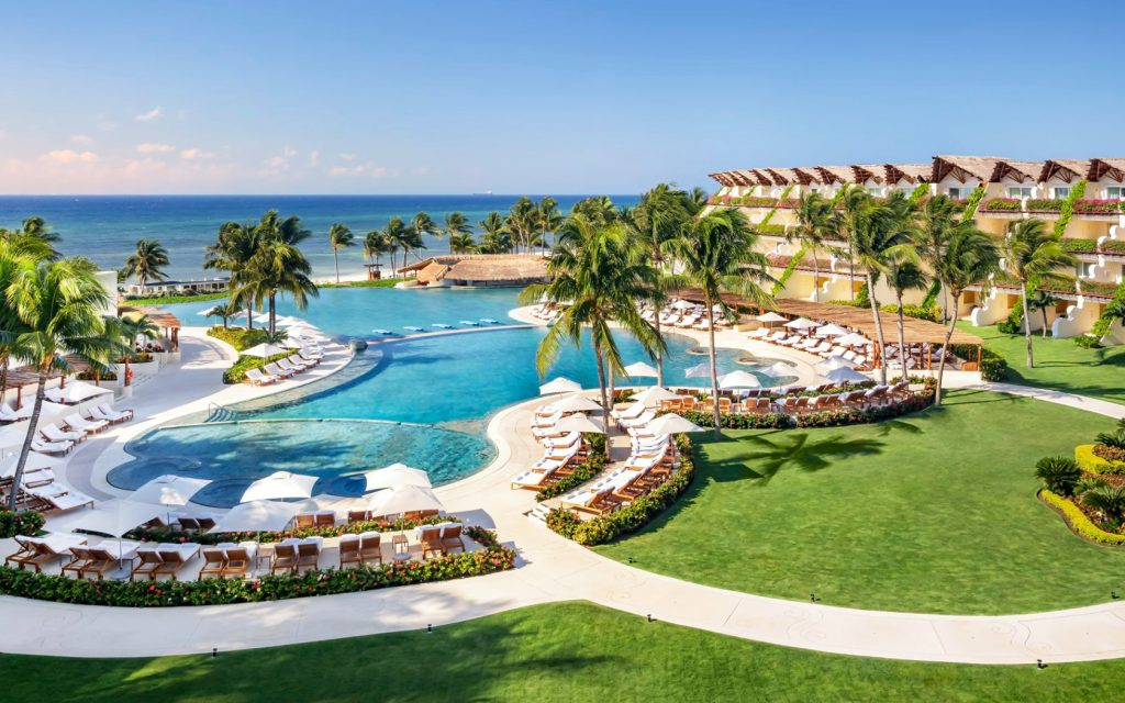 Love Is Blind: You Can Stay At The Mexican Resort From Netflix's Show